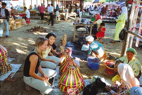 Handicraft Market, Kota Kinabalu